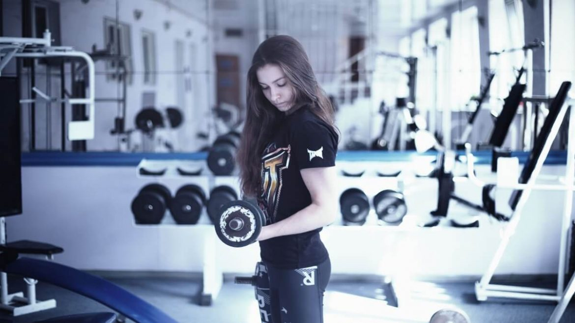 Gym girl – Waiting for a new competition